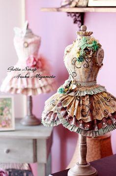 Try flat form of dress form Gotta Scrap