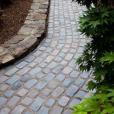 cobblestone walkways entrances   VisionScape :: Unilock - Courtstone