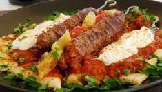 Γιαουρτλού κεμπάπ - το ζουμερό! Cookbook Recipes, Meat Recipes, Cooking Recipes, Meatloaf Recipes, Recipies, Turkish Recipes, Greek Recipes, Istanbul Food, Food Network Recipes