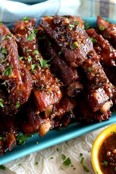 Copycat Chinese Restaurant Dry Garlic Ribs are a nostalgic buffet favourite. Every buffet had these delicious ribs; this recipe is better than the original! Pork Rib Recipes, Meat Recipes, Asian Recipes, Cooking Recipes, Garlic Ribs Recipe, Honey Garlic Ribs, Dry Fried Ribs Recipe, Greek Ribs Recipe, Bbq Pork