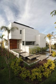 The Meera House is an exceptional contemporary home in Singapore, designed by Guz Architects. ** Click on the image for additional details. #GardenTips