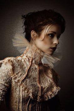 Inspiring & Dreamy | peeblespair:   http://www.pinterest.com/elhamzaid/