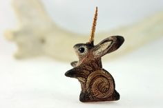 2 inch tall, velvet clay, acrylic. Sizes may vary slightly.    All rabbits, hares and jackalopes in my shop: