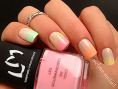 nail art gradient et waterfall http://melynenailart.wordpress.com/2014/03/03/42/