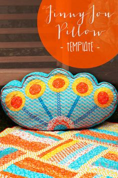 Jinnyjou Pillow - 22 Colorful DIY Home Decor Projects