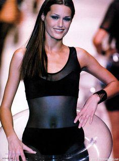yasmin lebon runway 1988 pintrest | Yasmin Le Bon - runway