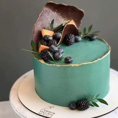 Pretty Cakes, Beautiful Cakes, Amazing Cakes, Food Cakes, Cupcake Cakes, Green Cake, Birthday Cake Decorating, Simple Cake Decorating, Cake Birthday