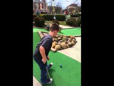 The Akridge Family - Miniature golf Pigeon Forge, Tennessee at Firehouse Golf. Gatlinburg trip - YouTube