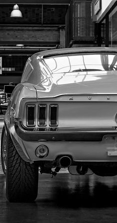 Mustang Fastback, Mustang Cars, Ford Mustang Gt, Ford Gt, Auto Retro, Retro Cars, Vintage Cars, Classic Mustang, Ford Classic Cars