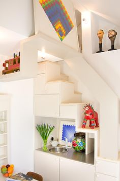 Small Spaces That Live Large | Fresh Faces of Design | HGTV
