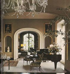 "The Devoted Classicist: Notable Homes: Mercer House: looking into the music room from the drawing room and beyond. From the wonderful book "" Midnight in the Garden of Good and Evil. Beautiful Interiors, Beautiful Homes, Mercer House, Interior Exterior, Interior Design, Home Music, Piano Music, Non Plus Ultra, Piano Room"