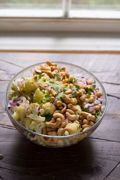 Healthy Lunch Ideas for Work - Cauliflower Cashew Lunch Bowls - Quick and Easy Recipes You Can Pack for Lunches at the Office - Lowfat and Simple Ideas for Eating on the Job - Microwave, No Heat, Mason Jar Salads, Sandwiches, Wraps, Soups and Bowls http://diyjoy.com/healthy-lunch-ideas-work
