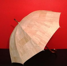 Amazing Cork Umbrella  -  FREE SHIPPING.   Similar to the exhibited in the New York Museum of Modern Art one