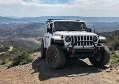 """""""Another solid day on the trails Auto Jeep, Jeep Jl, Jeep Cars, Jeep Truck, Jeep Wrangler Jk, Jeep Wrangler Unlimited, Mustang Wallpaper, White Jeep, Cool Jeeps"""