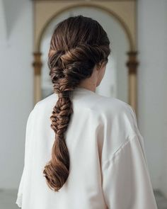 We loved this braid that our artists made to Rocío Fernández! Work Hairstyles, Pretty Hairstyles, Braided Hairstyles, Wedding Hairstyles, Hairstyle Images, Hair Style Girl Image, Grunge Hair, Hair Day, Hair Looks