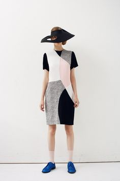 For his spring summer 2013 collection, Peter Jensen takes inspiration from Barbara Hepworth works Only Fashion, High Fashion, Fashion Beauty, Fashion Show, Fashion Design, Fashion Blogs, Paris Fashion, Style Fashion, Barbara Hepworth