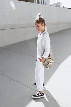 white outfit with black Vans // Sneakers Style Ideas