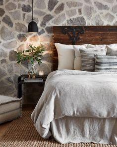 Joanna gaines bedroom decor farmhouse bedroom decor best of Farmhouse Bedroom Decor, Home Decor Bedroom, Bedroom Wall, Master Bedroom, Master Suite, Rustic Farmhouse, Farmhouse Style, Dream Bedroom, Bedroom Ideas