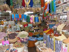 Em Marrocos... Caos colorido!