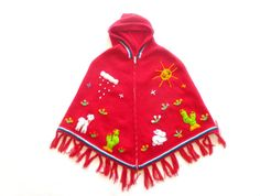 vintage girl's poncho with hood // zippered front, adorable embroidery // size 4 to 8