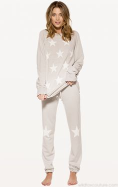 Starshine Skinny Sweats by Wildfox. These are cute & comfy looking! Pajamas For Teens, Cute Pajamas, Comfy Pajamas, Satin Pyjama Set, Pajama Set, Womens Fashion Online, Latest Fashion For Women, Lazy Outfits, Cute Outfits