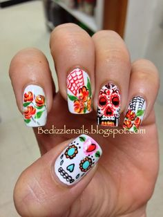 Sugar Skull Nails I have never tried this but it doesn't look to hard you will just use a thin stick and some nail polish its would look good for Mexicans for dia de muertos Uñas Sugar Skull, Sugar Skull Nails, Skull Nail Art, Get Nails, Love Nails, How To Do Nails, Pretty Nails, Hair And Nails, Halloween Nail Art
