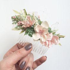 Items similar to Blush Bridesmaids Comb- Blush Wedding Set- Succulent Comb Hair Accessories- Bridesmaids Gift- Blush Wedding- Decorative Hair Combs on Etsy Bridesmaid Hair Accessories, Wedding Hair Accessories, Bridal Hair Dressing, Decorative Hair Combs, Bridal Hair Flowers, Wedding Hair Down, Wedding Sets, Bridesmaid Gifts, Marie