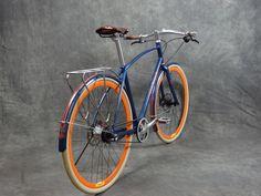 Naked Bikes, belt drive