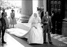 diana spencer weddingdresso train images | ... Spencer wore a wedding dress with a 25ft long detachable train