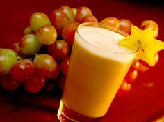 Receita de Coquetel de Verão - pêssego em calda, leite condensado, creme de leite, xarope de groselha, suco de uva, suco de abacaxi, goiabada