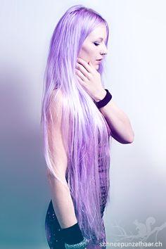 Bunte Farben - SchneePunzel - professionelle Haarverlängerungen und Dreadlocks Punky Hair, Violet, Purple Hair, Elegant, Cute Hairstyles, Haircolor, Pretty Girls, Hair Extensions, Emo
