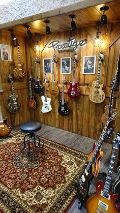 Music studio room Home Studio Music Closet 17 Ideas Acne: A Basic Understanding Statistics indicate Home Studio Musik, Music Studio Room, Guitar Storage, Guitar Display, Guitar Wall, Guitar Room, Music Guitar, Music Music, Drum Room