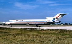 United, like just about every other trunk carrier, employed the Boeing series as its general workhorse, starting in the late and continuing for a quarter century through the early [Shown] in livery.--Ed Coates Boeing Planes, Boeing Aircraft, Boeing 727 200, Vintage Air, Commercial Aircraft, United Airlines, Aircraft Pictures, Military Aircraft, Airplanes