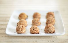 If you've made almond milk and need a use for the pulp, try these quick and easy gluten-free, vegan, Almond Pulp macaroons, made with only 5 ingredients.