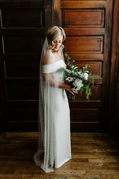 Winter Wedding Ideas | Micro Wedding | Pandemic Wedding | January Wedding | Vintage Style Wedding | Long Bridal Veil | Chapel Veil Length | Church Veil Length | Affordable Wedding Dresses