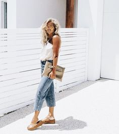 Comfortable casual vacation outfit.
