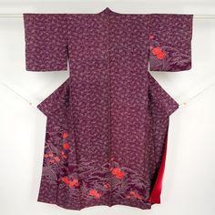Purple, silk houmongi kimono / 点描の型染めで見事な柄を施した訪問着 http://www.rakuten.co.jp/aiyama #Kimono #Japan #aiyamamotoya