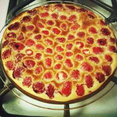 Raspberry Ideas, Raspberries, Custard, Pepperoni, Pizza, Baking, Food, Cream, Bakken