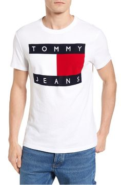 Tommy Hilfiger Flat T-shirt In Classic White Tommy Jeans Shirt, 90s Jeans, T Shart, Tommy Hilfiger T Shirt, Designer Clothes For Men, Basic Outfits, Shirt Designs, Tee Shirts, Mens Fashion