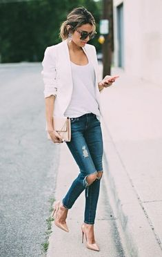 Less is more: 3 keys to a chic minimal look casual chic outfits, basic Casual Chic Outfits, Fashion Casual, Casual Blazer, Womens Fashion, Classic Fashion, Casual Jeans, Dress Casual, Fashion Fall, Fashion Tips