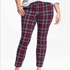 Red Plaid Pixie Ankle Pants Women's Plus Pants. Like New. Never Worn. Old Navy Pants Ankle & Cropped