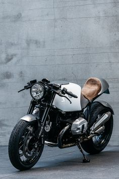 Heinrich Maneuver | Deus Ex Machina | Custom Motorcycles, Surfboards, Clothing and Accessories