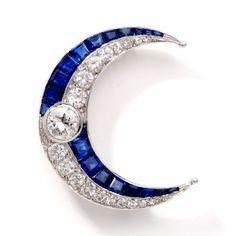 5.75 Carats Antique Art Deco Diamond Sapphire Platinum Moon Pin