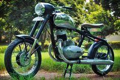 1972 Jawa 250 Racer - Highland Custom Motorcycles - Pipeburn - Purveyors of Classic Motorcycles, Cafe Racers & Custom motorbikes