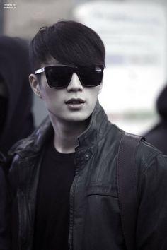 Doojoon [B2ST] love this look!!!