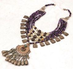 Super gave Hand gemaakte Amethist ketting gemaakt in Afghanistan door de Kuchi stam. Te koop op facebook pagina: Tibetaanse sieraden.