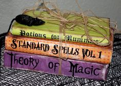 take old books and paint/recover them and add spooky accents lik… Fun decoration.take old books and paint/recover them and add spooky accents like rats & plastic spiders Halloween Projects, Spooky Halloween, Holidays Halloween, Halloween Treats, Happy Halloween, Halloween Party, Halloween Stuff, Halloween Potions, Halloween Labels