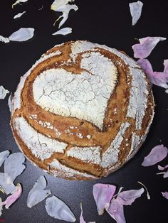 Dinkel-Joghurtbrot mit Leinsamen…im Topf gebacken Once again I have baked my bread in the pot, that's so wonderfully easy and it is relatively fast, since the second walking time takes place in the pot, while the oven heats up. This ma … – No Yeast Bread, No Knead Bread, Bread Bun, Sourdough Bread, Bread Rolls, Bread Baking, Yogurt Bread, Dutch Oven Bread, Flax Seed Recipes