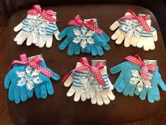 mittens: frozen party favor idea / meanderings of a 3-day mom
