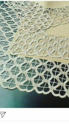 Natural gray linen tablecloth with wide linen lace, table cloth with crochet lace edge trim Crochet Lace Edging, Crochet Borders, Crochet Art, Filet Crochet, Irish Crochet, Crochet Doilies, Single Crochet, Basic Embroidery Stitches, Crochet Stitches